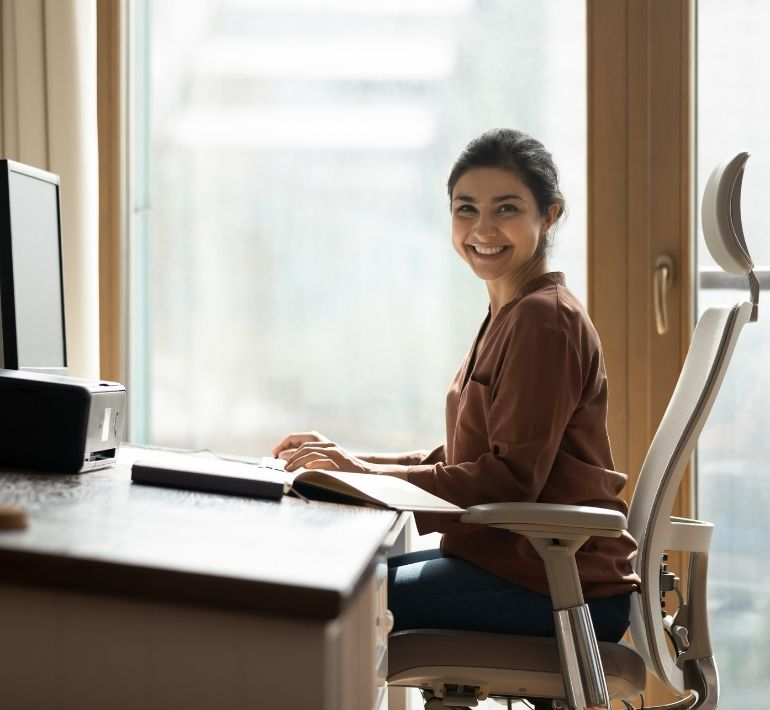 What Makes a Home Office Chair Ergonomic?